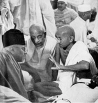 Azad, Patel, and Gandhi Planning India's Independence, 1940.